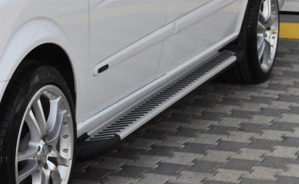 SIDESTEPS ANTI-SLIP - Ford Transit Connect 2008-2013
